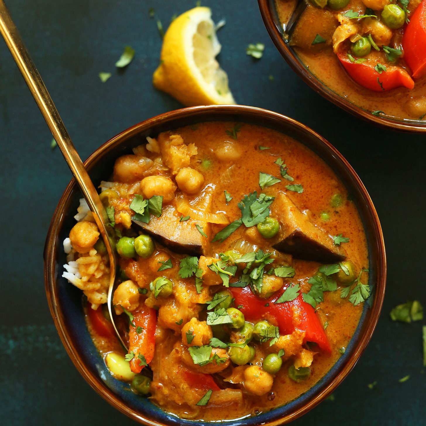 RED-Vegetable-Coconut-Curry-with-Chickpeas-1-pot-simple-SO-flavorful-vegan-glutenfree-plantbased-curry-recipe-chickpeas